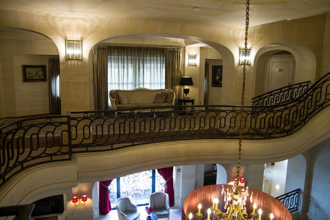 un week end de princesse au ch teau mont royal de chantilly glam conscious. Black Bedroom Furniture Sets. Home Design Ideas